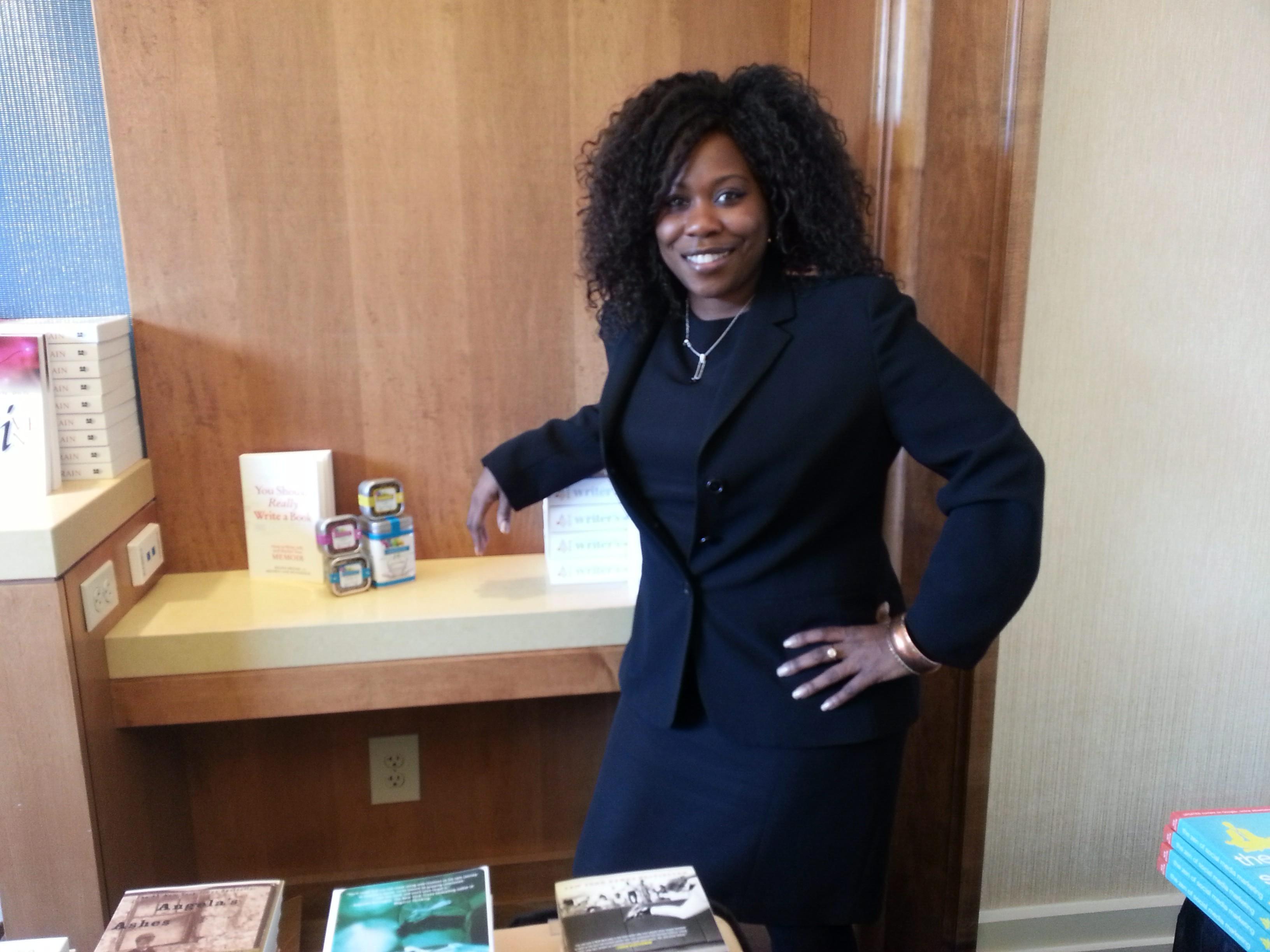 author and literary agent regina brooks