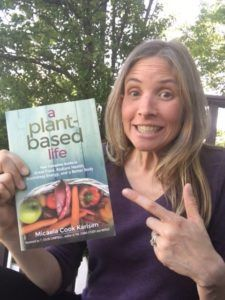 author Micaela Karlsen with her book