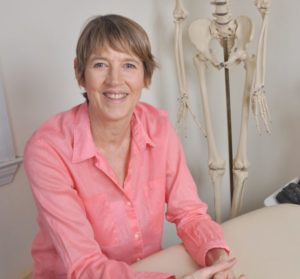 author head shot Lissa Wheeler